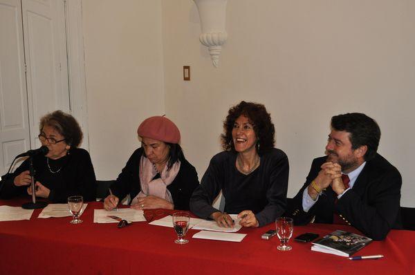 Virginia Guzmán, Olga Segovia, Marisol Saborido y Claudio Orrego